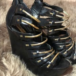 Black and Gold Open Toe Wedge